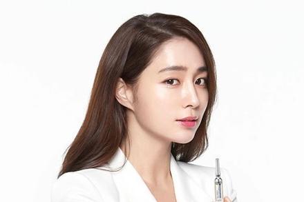 Dàn mỹ nữ Hàn bị chỉ trích vì tiệc tùng giữa mùa dịch
