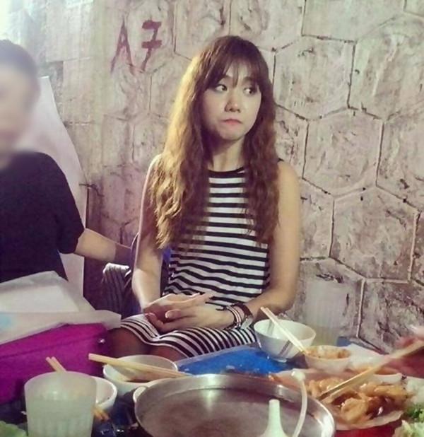 Mỹ nhân Việt bị chụp lén: Chi Pu - Thu Thảo đẹp bất chấp, Ngọc Trinh - Hà Hồ gây thất vọng-8