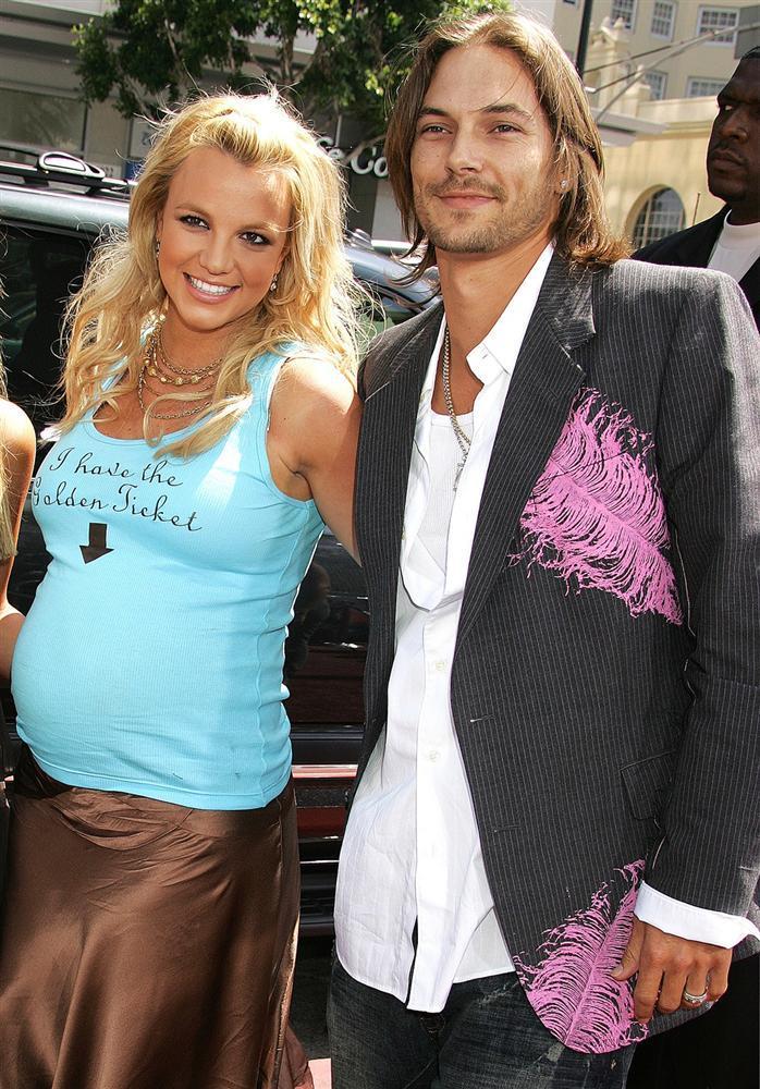 Britney Spears - công chúa nhạc pop và cú trượt dài sự nghiệp-8