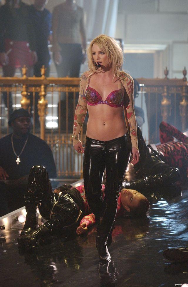 Britney Spears - công chúa nhạc pop và cú trượt dài sự nghiệp-5