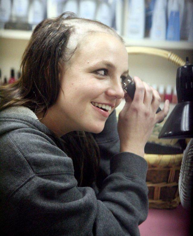Britney Spears - công chúa nhạc pop và cú trượt dài sự nghiệp-11