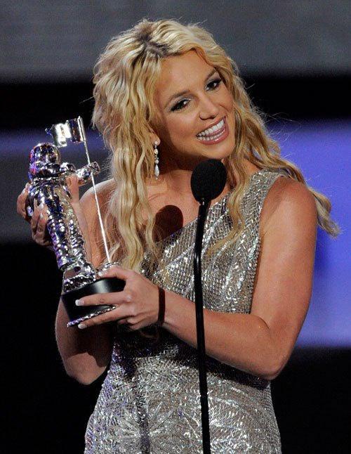 Britney Spears - công chúa nhạc pop và cú trượt dài sự nghiệp-15