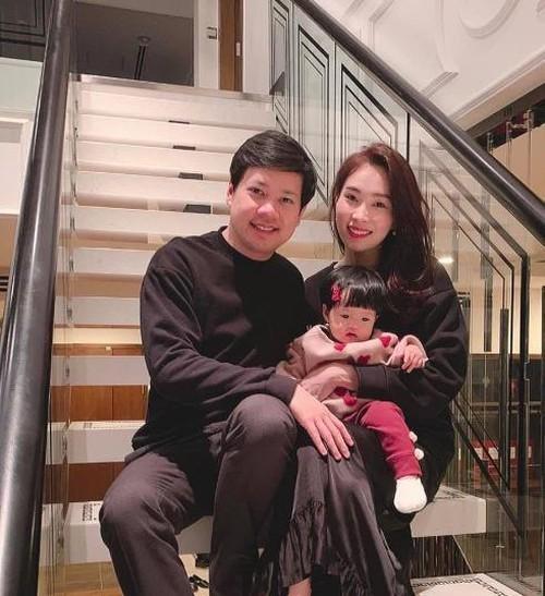 Hoa hậu Đặng Thu Thảo hạ sinh quý tử nặng 3.5kg cho chồng đại gia-6