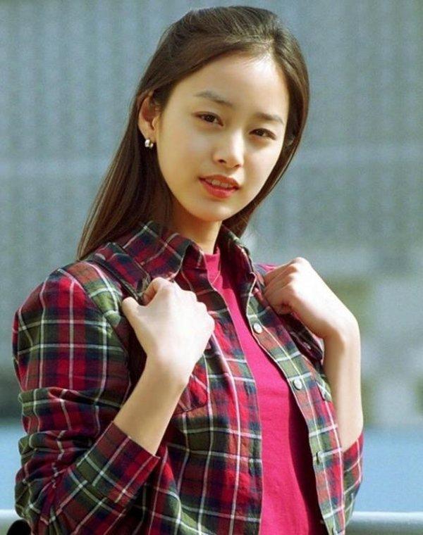 Không phải Song Hye Kyo, cô gái được bình chọn luôn đẹp từ khi còn trẻ là người khác-8