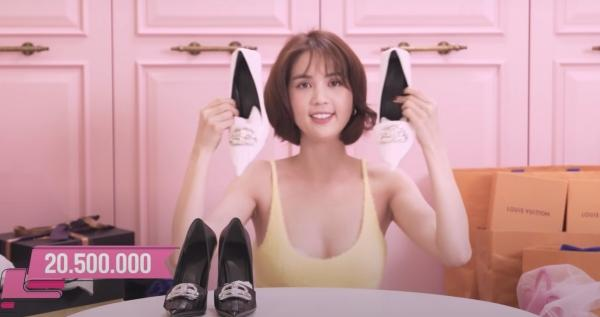 Ngọc Trinh lại khoe tủ giày hiệu chất cao như núi trong nhà, con số vượt xa 300 đôi-6