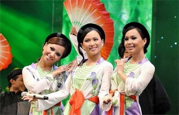 Ảnh hiếm khi bé của 3 chị em Cẩm Ly, Hà Phương và Minh Tuyết khiến ai cũng bất ngờ vì quá xuất chúng-4