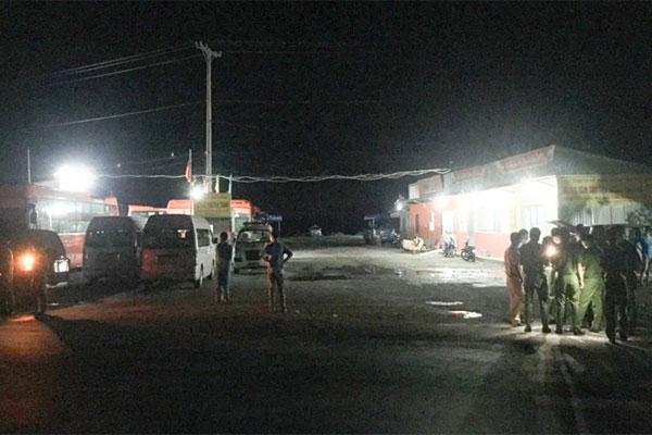 Nửa đêm, phong tỏa bến xe ở Hậu Giang vì 1 người từ Campuchia về-1
