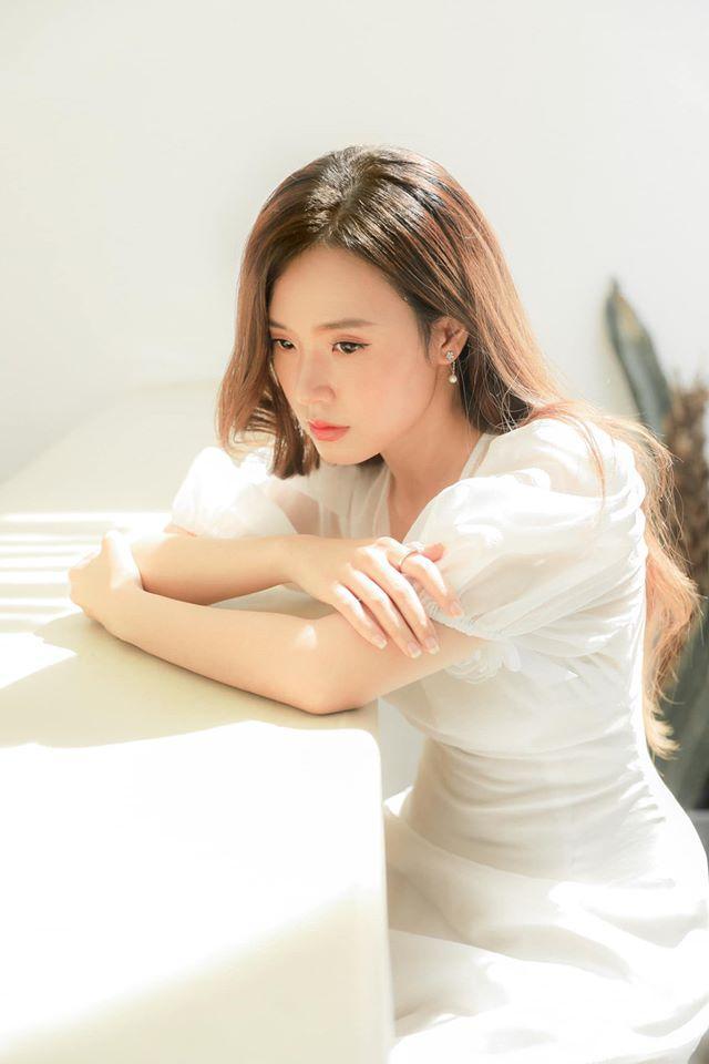 SAO MAKE OVER: Sam lộ mặt mụn - Ji Yeon T-ara trang điểm hai hàng lông mày khó hiểu-8