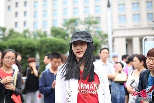 Mỹ nhân Hoa ngữ trên ghế nhà trường: Địch Lệ Nhiệt Ba đẹp xuất sắc, Angela Baby khác xa hiện tại-4