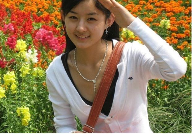 Mỹ nhân Hoa ngữ trên ghế nhà trường: Địch Lệ Nhiệt Ba đẹp xuất sắc, Angela Baby khác xa hiện tại-10