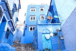 Thành phố phủ một màu xanh mát lạnh ở Morocco