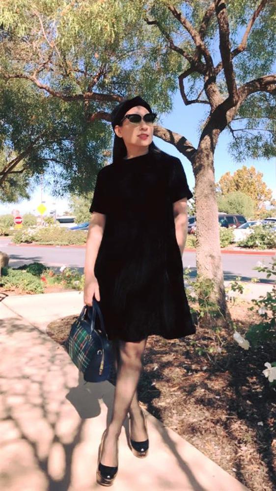 Phi Nhung - nữ nghệ sĩ giàu có bậc nhất Vbiz nhưng luôn ăn mặc giản dị-5
