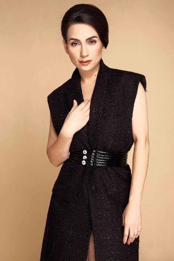 Phi Nhung - nữ nghệ sĩ giàu có bậc nhất Vbiz nhưng luôn ăn mặc giản dị-6