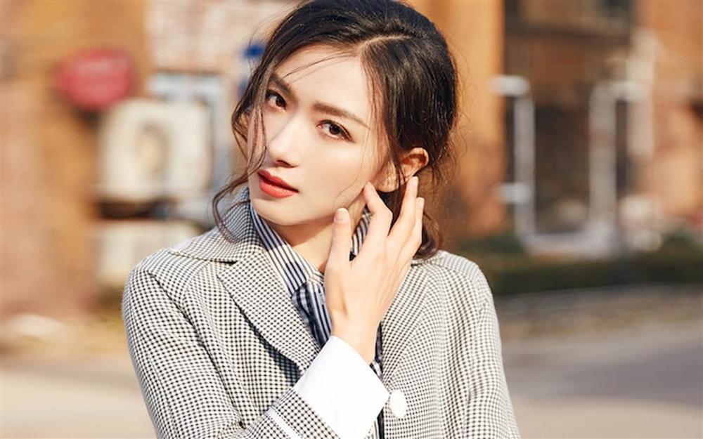 Những mỹ nhân Hoa ngữ xinh đẹp và tài năng nhưng vẫn không thể nổi tiếng-7