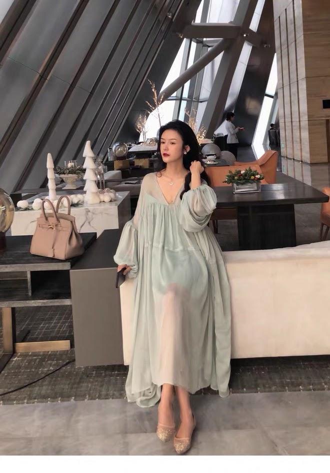 Giữa tin đồn bầu bí, Hồ Ngọc Hà còn vướng nghi vấn mặc váy nhái Taobao-6