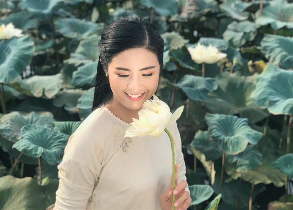 Top 3 Hoa hậu Việt Nam 2010 thay đổi thế nào sau 10 năm?-1