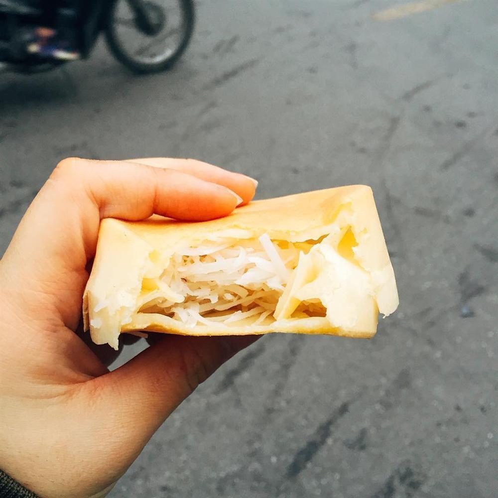 Bánh bò dừa nướng ngon rẻ khu Bách Khoa, chỉ 5.000 đồng/chiếc gợi về cả thời đại học-3