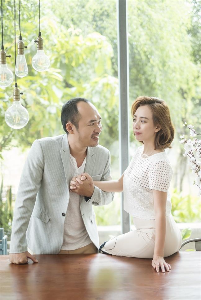 Ra tiệm vàng lấy đồ theo lời dặn của Tiến Luật, Thu Trang ngỡ ngàng vì bị chồng chơi khăm-2