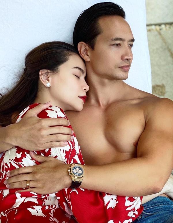 Giữa tin đang mang song thai, Kim Lý - Hồ Ngọc Hà lộ bằng chứng đã bí mật đính hôn?-3