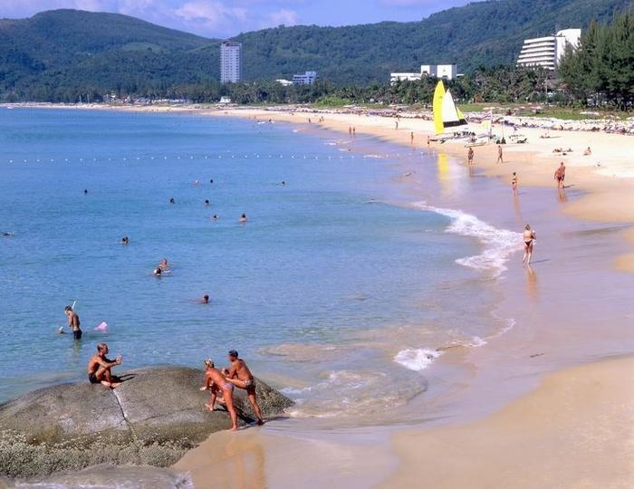 5 bãi biển đẹp mê hồn ở Phuket, tới Thái Lan giải nhiệt mùa hè chớ bỏ qua-2