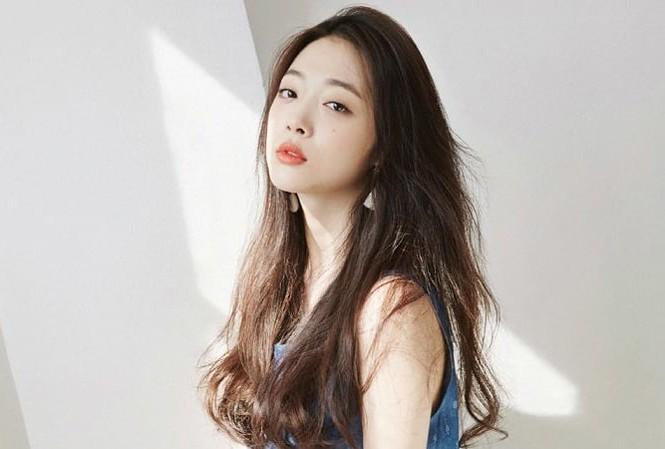 Những nàng công chúa Kpop:  Jennie - Sulli được cưng chiều, Xiyeon bị hắt hủi xót thương-4