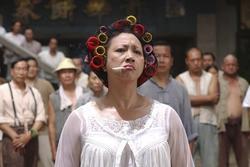 Đả nữ dám mắng Hồng Kim Bảo, khiến Châu Tinh Trì hạ mình giờ ra sao?