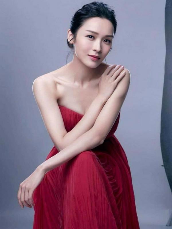5 diễn viên TVB đoạt giải Thị Đế - Thị Hậu bị khán giả ném đá kịch liệt-4