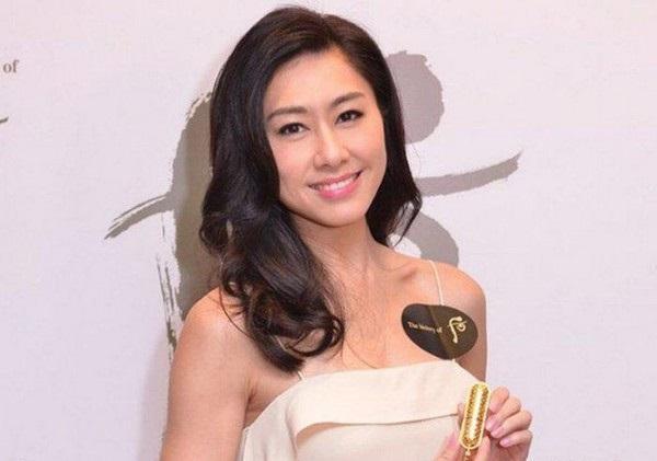 5 diễn viên TVB đoạt giải Thị Đế - Thị Hậu bị khán giả ném đá kịch liệt-6