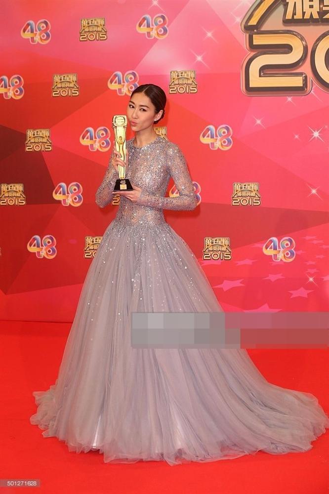 5 diễn viên TVB đoạt giải Thị Đế - Thị Hậu bị khán giả ném đá kịch liệt-5