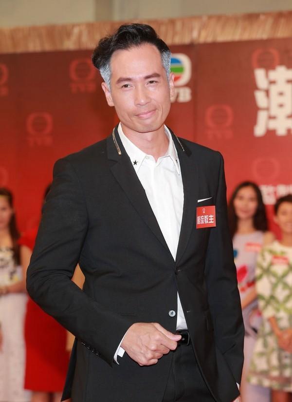 5 diễn viên TVB đoạt giải Thị Đế - Thị Hậu bị khán giả ném đá kịch liệt-8