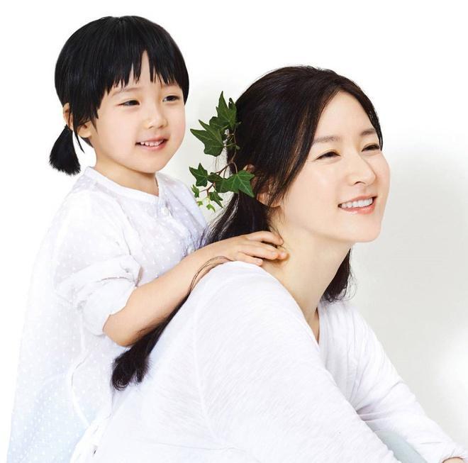 Con gái của những 'tường thành nhan sắc' châu Á-3