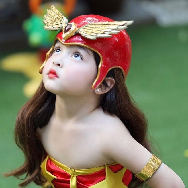 Con gái của những 'tường thành nhan sắc' châu Á-4