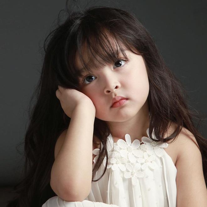 Con gái của những 'tường thành nhan sắc' châu Á-6