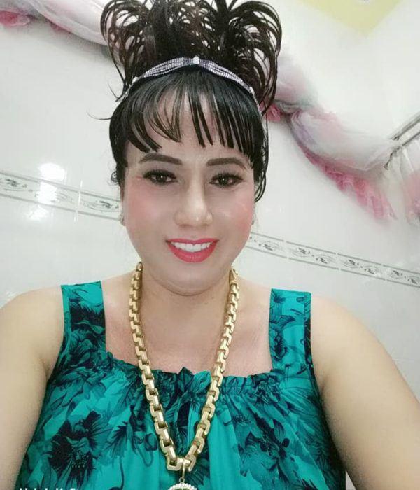 Gu thời trang cồng kềnh, đồng bóng của cô Minh Hiếu 7 miếng đất-6