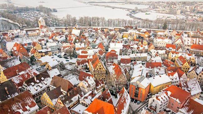 Thị trấn nhiều kim cương nhất thế giới, những mái nhà lấp lánh về đêm-3