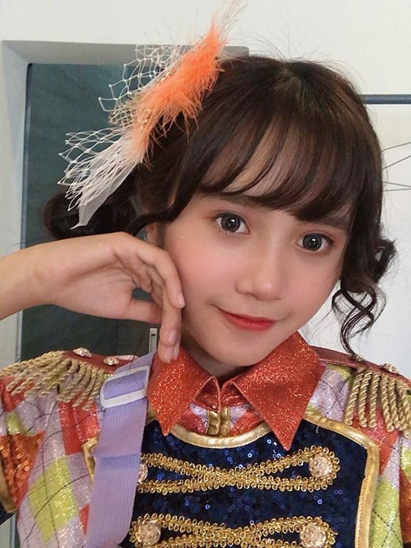 Nữ ca sĩ 17 tuổi bị đuổi khỏi nhóm nhạc đông thành viên nhất Việt Nam-2