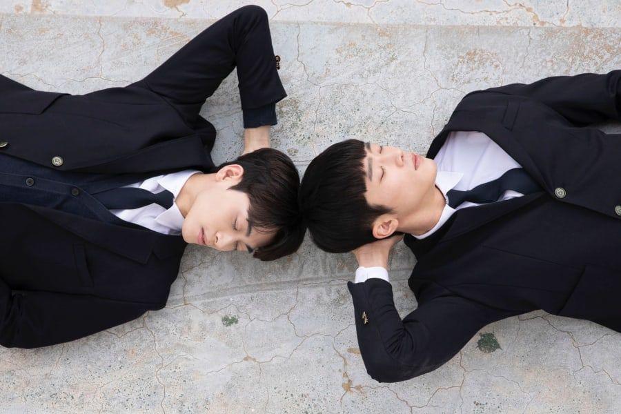 Phim đam mỹ Hàn Quốc đầu tiên tung loạt ảnh cực tình của 2 nam chính-1