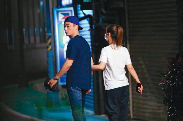Lâm Tâm Như bị bắt gặp nắm tay Hoắc Kiến Hoa tình tứ trên phố-5
