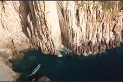Trốn nắng hè oi bức trên hòn đảo đẹp tựa trời Âu ở Cam Ranh