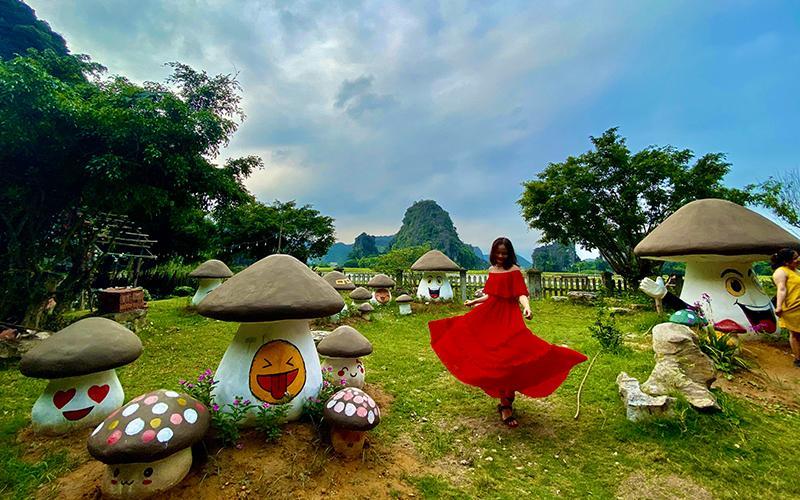 Mãn nhãn với loạt ảnh giới trẻ check-in tại những địa điểm sống ảo hot nhất Ninh Bình đầu mùa hè-4