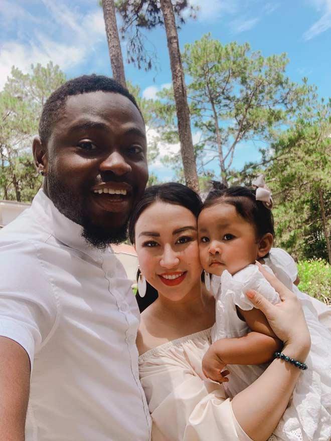 MXH Việt xôn xao cô gái Hà thành xinh đẹp lấy chồng châu Phi, em bé sinh ra mang gương mặt bất ngờ-5