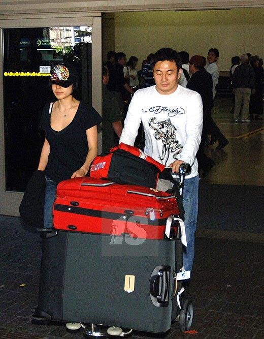 Ảnh hậu Cannes Jeon Do Yeon: Phía sau những cảnh nóng bạo liệt trên màn ảnh là cuộc hôn nhân viên mãn bên cạnh người đàn ông bình lặng và bao dung-4