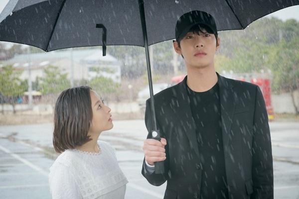Park Bo Gum - Song Hye Kyo và những cặp đôi bị chê nhạt nhẽo khi yêu-10