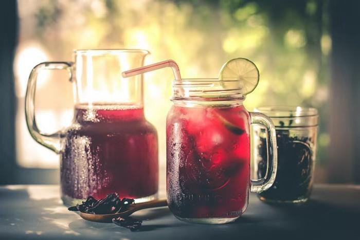 Chọn cốc nước sẽ uống khi khát để biết vận may nào đến với bạn trong tháng 6-3