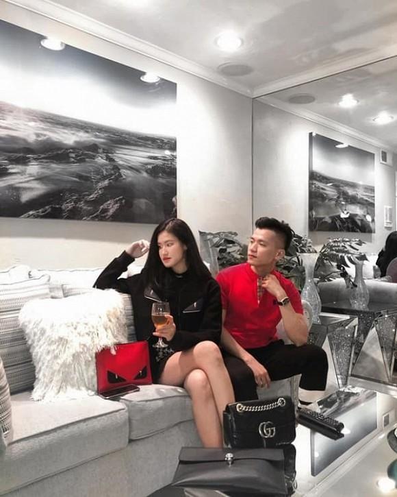 Rich kid sinh năm 2003 mới nổi của hội con nhà giàu Việt: Chiều cao hoa hậu, đi xe gần 20 tỷ-5