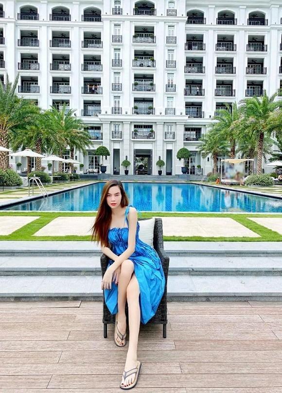 Hà Hồ - Kim Lý cùng nhau đăng ảnh gia đình hạnh phúc cuối tuần, nhan sắc của nữ ca sĩ khi bầu bí vẫn cực phẩm-6
