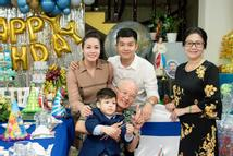 Nhật Kim Anh tiếp tục tố gia đình chồng cũ: 'Tại sao họ nỡ cắt đứt tình mẫu tử?'