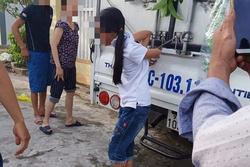 Người mẹ trói buộc chân tay bé gái vào xe tải vì trộm tiền: Chỉ là răn đe, dạy dỗ con thôi