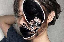Nữ sinh trường Báo nổi tiếng nhờ khả năng make up ghê rợn