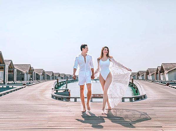 Cùng mang thai đôi nhưng Hồ Ngọc Hà và vợ Khắc Việt đối chọi nhau về ngoại hình bầu bí-1